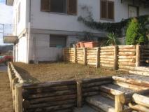 Kastanienholz-Terrassierung-Rundholz