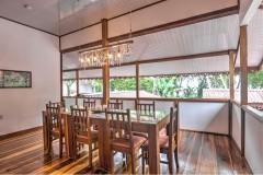 Privathaus-Hotel-zu-verkaufen-Essbereich